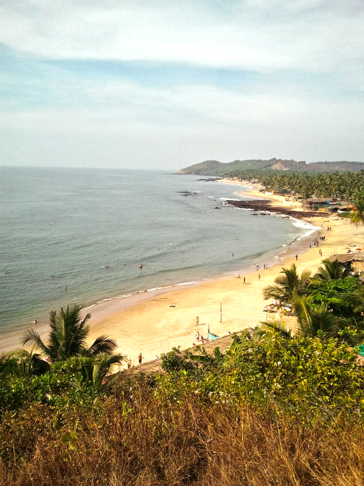 drewmanity-arabian-sea-anjuna-goa-india-beach-december