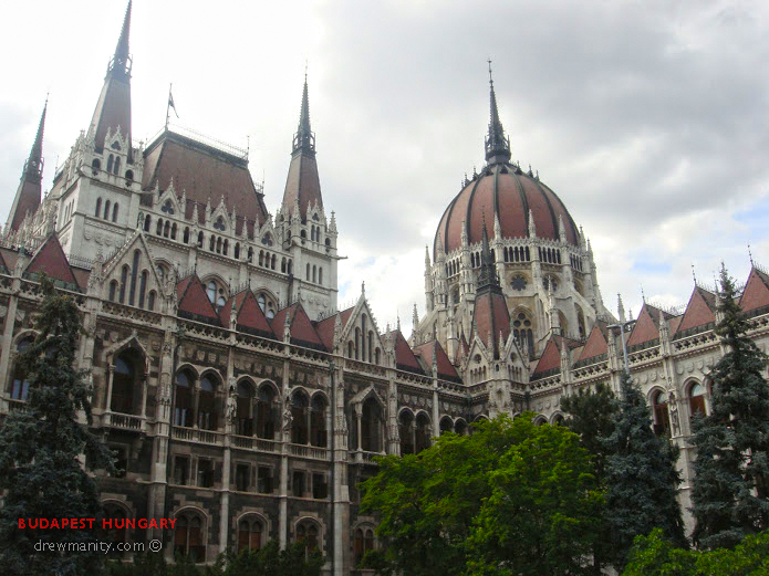 drewmanity-budapest-hungary-government-building