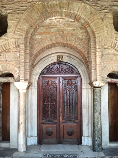 Vlatodon Monastery beautiful door