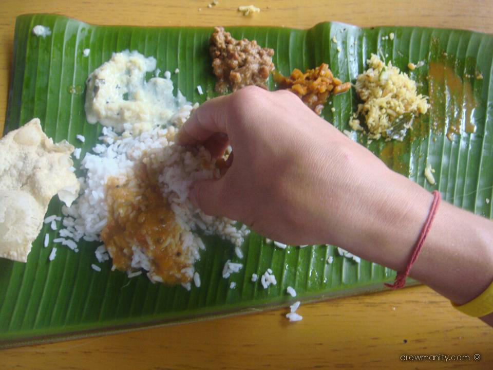 drewmanity.com-india-kerala-eating-with-hands-and-loving-it.