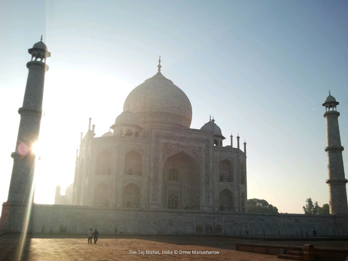 sunrise-taj-mahal-agra-india-drew-manusharow