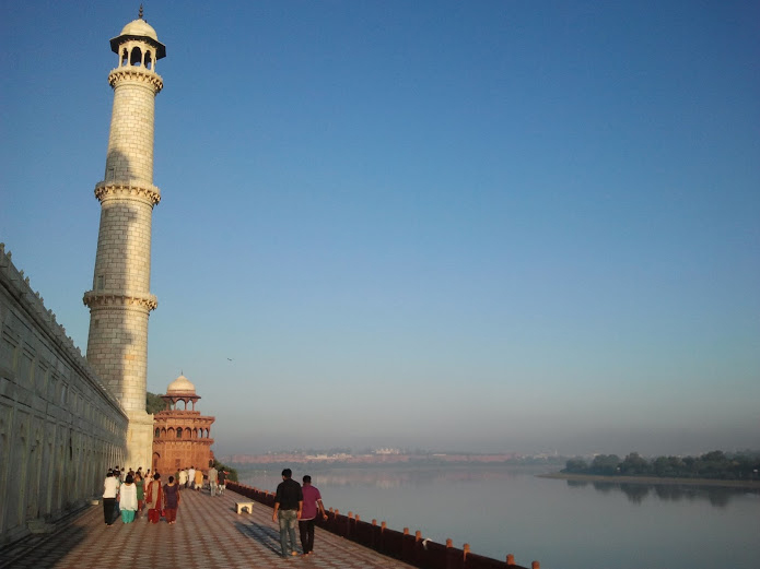 sunrise-taj-mahal-river-agra-india-drew-manusharow