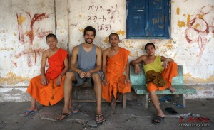 luang-prabang-laos-monks-wat-temple-drewmanity