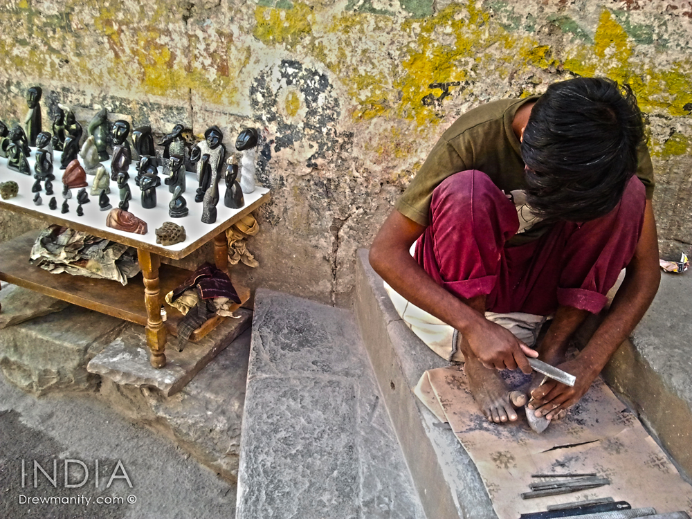 rajasthan-india-handicraft-stone-carver-drewmanity.com