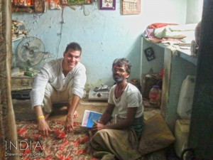 udiapur-india-local-man-learn-english-drewmanity.com