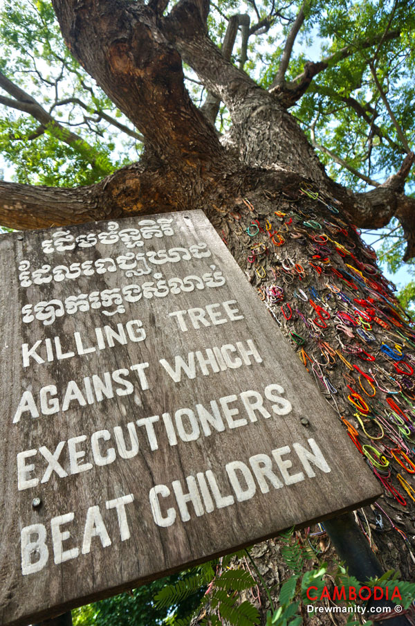 drewmanity.com-the-killing-fields-tree-choeung-ek-phnom-penh-cambodia