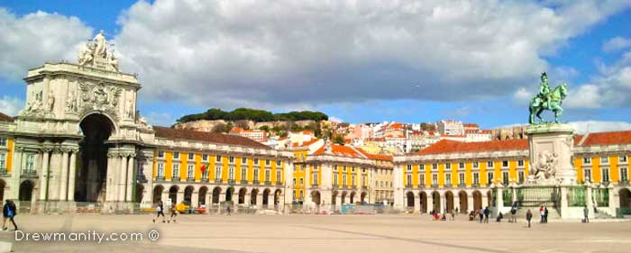 travel-europe-lisbon-portugal-historic-square-drewmanity