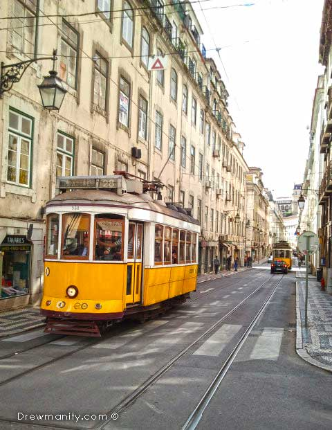 travel-europe-lisbon-portugal-street-trolly-drewmanity